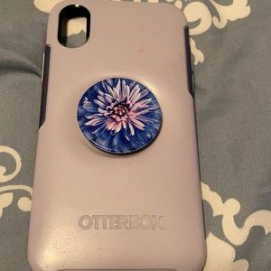 iPhone X otterbox built in pop socket case